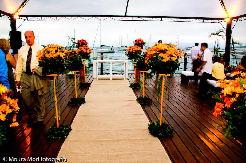 decoracao de casamento para praia no deck