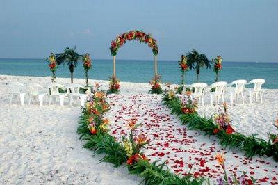 Decoração de casamento simples na praia