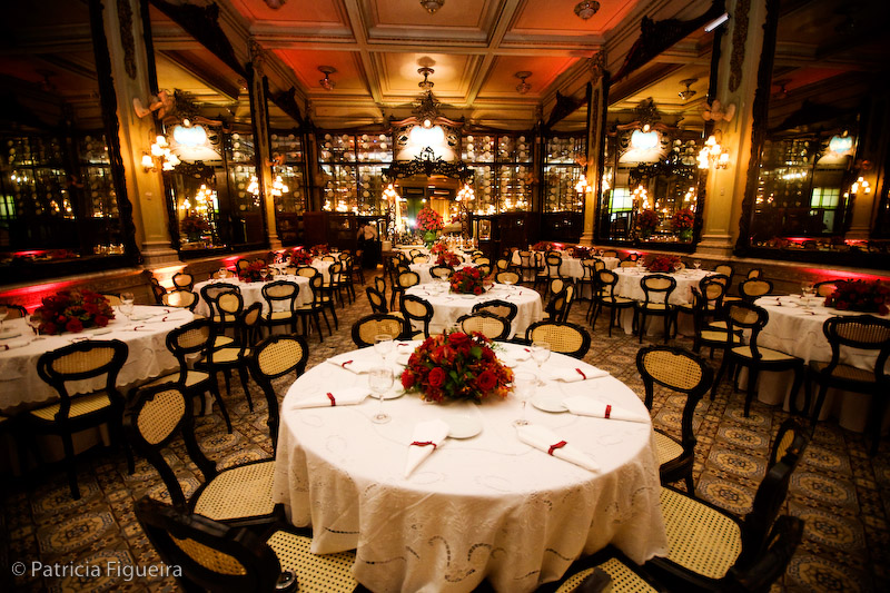 Decoração de casamento rústica luxuosa