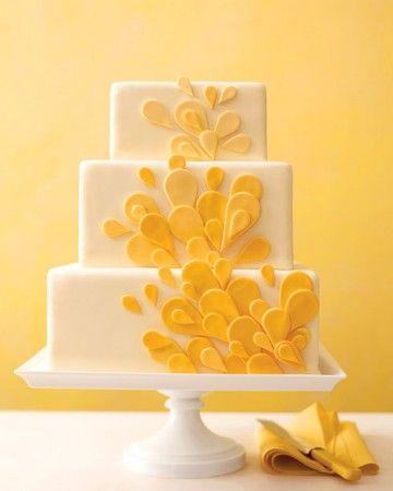Bolo da casamento amarelo decorado quadrado