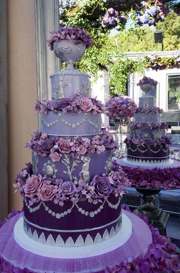 Bolo lilás para casamento