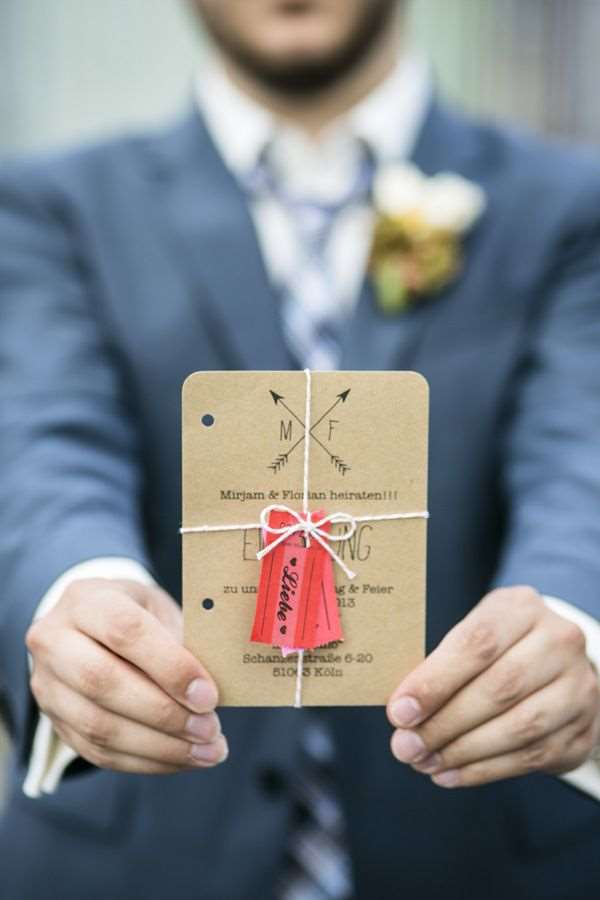 convite tipo tag para casamento